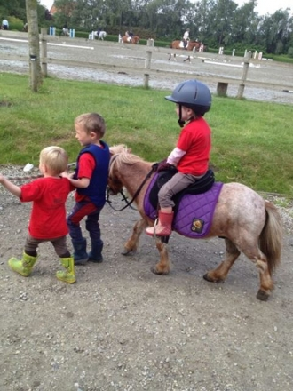 kids pony Equimatt